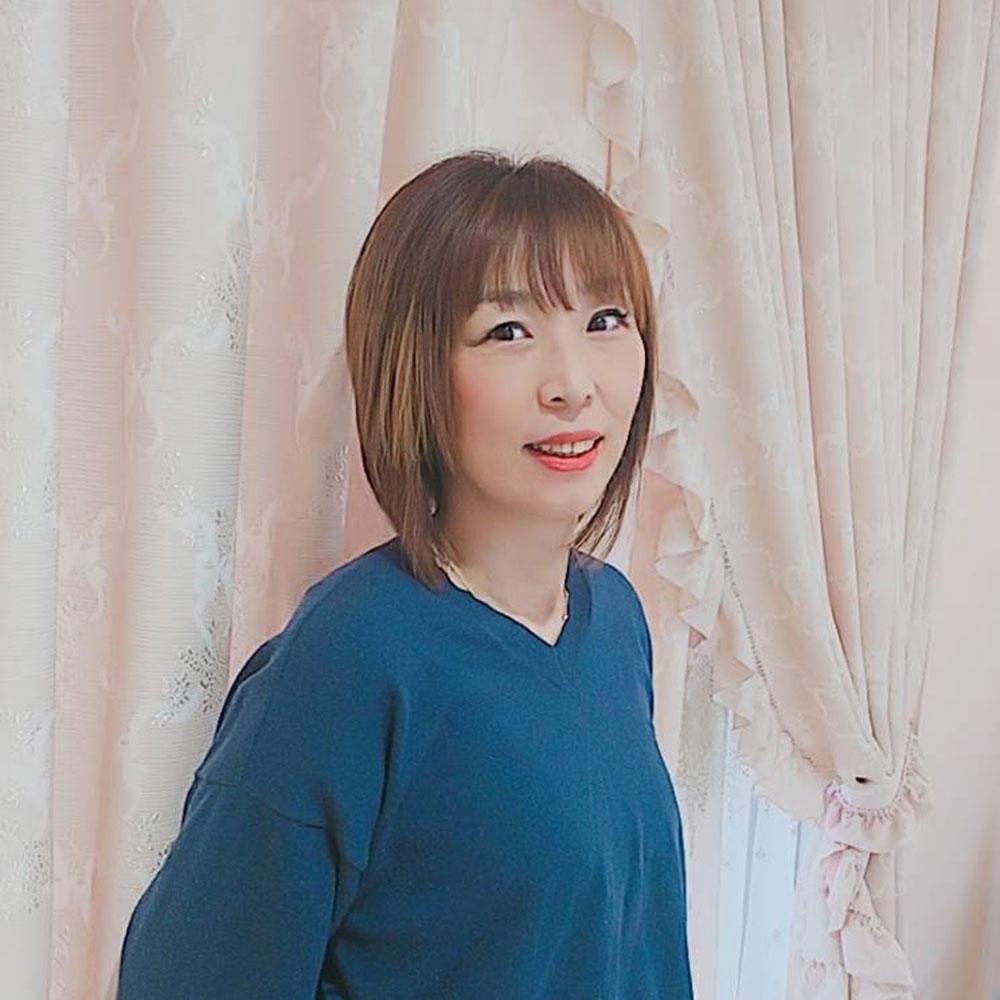 栗山清美_スタイリスト